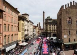 Giro d'Italia def_Palazzo d_Accusio_rosa_11 05 2019